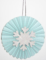Fan Fold Christmas Ornament