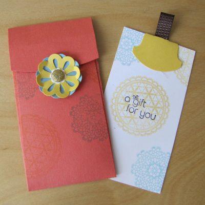 Petite Pocket Gift Tag