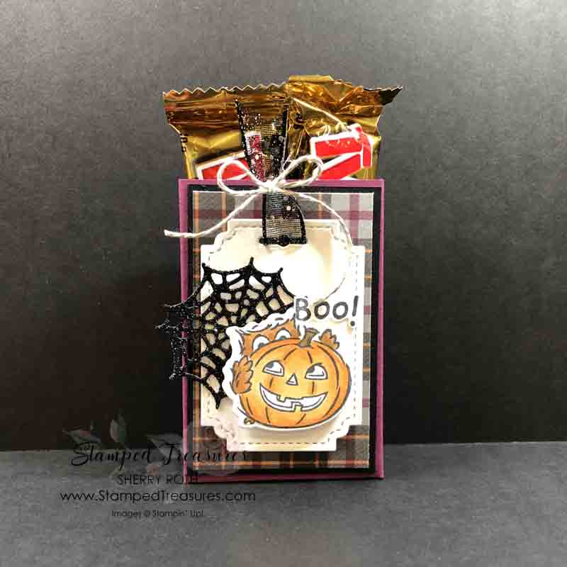 Quick & Easy Halloween Treat Box